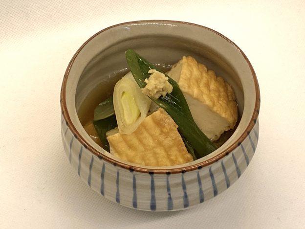 盛り付け 揚げ豆腐の煮浸し
