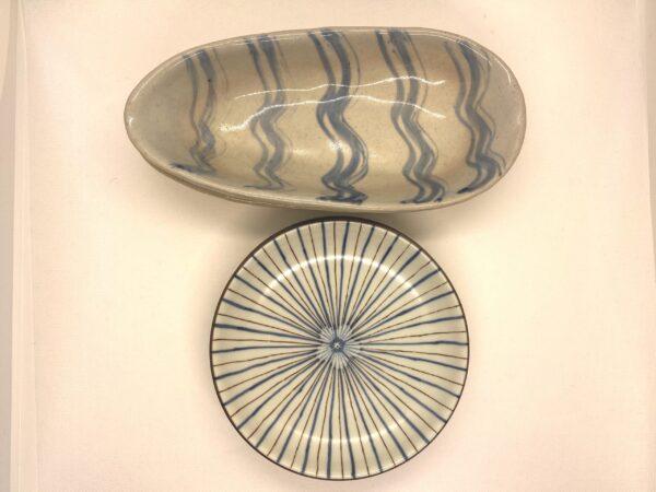 真上から楕円鉢と取皿